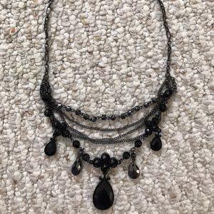 Jewelry - ❤️NEW❤️Black Necklace